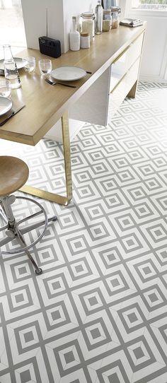 BUBBLEGUM vinyl flooring, gray geometric pattern cement tile, roll 4 m - Grey Kitchen Floor, Kitchen Tile, Kitchen Flooring, Gray Floor, Sol Pvc, Vinyl Flooring, Home Renovation, Office Desk, Bubble Gum