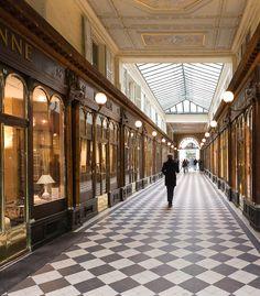 Un Passage, Paris, France