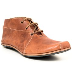Cydwoq Axle, Tan - - Men's casual chukka boot - Made in California, USA - Italian Vegetable-Tanned Leather - All leather construction - Leather sole with rubber protection - Flat sole - Lace tie closure - Hand Sculpted Leather Footbed with Excellent Arch Support - Men's European Whole and Half Sizes - Fits true to size, order larger if you are in between sizes