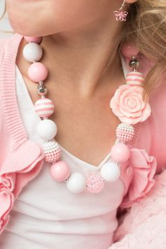 New to LaBellaRoseBoutique on Etsy: white Pink necklace bubblegum chunky necklace little girl necklace chunky baby necklace bubble gum 16 inch necklace baby necklace jewelry (9.95 USD)