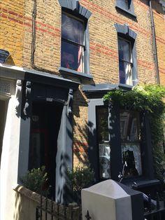 Grey Windows, Upvc Windows, Sash Windows, Windows And Doors, Victorian London, Victorian Terrace, Exterior Colors, Exterior Design, Victorian Homes Exterior