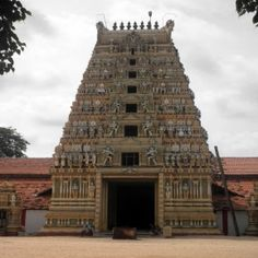 Ketheeswaram #temple is a hindu temple dedicated to #LordShiva. It is situated in near the town of Mannar, Sri Lanka. Thirukeethiswaram is another name of this temple and it is one of the five ancient Sivan temples around the island.