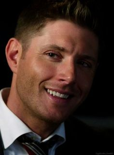 #DeanWinchester #HolyTerror Oh. No. His tongue is pressing against his teeth and that's just the worst...I can't.