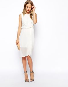 Gorgeous for rehearsal dinner or for a bridesmaid dress in a different color