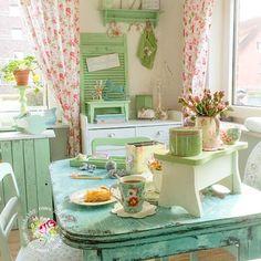 Shabby kitchen.  Follow my decor boards for similar pins.     #shabbychic #cottage