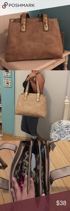 •  LAST ONE New Beautiful tan handbag • Brand new tan handbag, spacious three compartments. Light weight, sleek look! Medium/large size, perfect for everyday wear, multiple zipper pockets and it comes with adjustable/removable strap. BUNDLE & SAVE 20% ❌TRADES❌ Bags Shoulder Bags