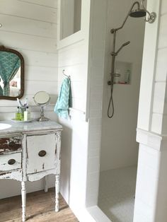 Tiny 5x6 bathroom floor plan with 3 foot vanity cabinet for Bathroom ideas for 5x6