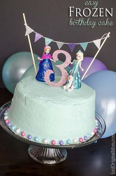 Simple 3 layer Frozen birthday cake (using a box mix) - with a surprise inside!