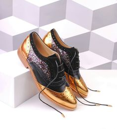 ABO gold and black point toe brogues! Check out out web shop www.abo-shoes.com, we ship worldwide! #abo #ABO #abo-shoes #shoes #brogues #original #oxfords #fashion #style #streetstyle #belgrade #AnaLjubinkovic #shop #gold #blackandgold #glitter #pointtoe #flats