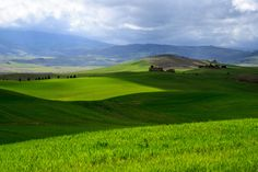 Top 10 daytrips from florence #tuscany #travel (image: Val d'Orcia)