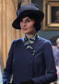 Lady Mary in an Art Deco-style hat and embellished jacket combo that was the epitome of a modern 1920s woman. Downton Abbey
