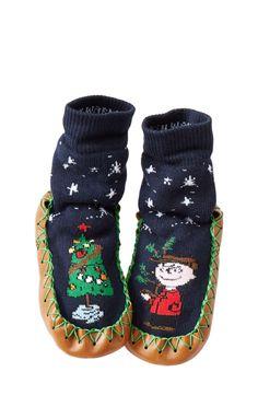 Hanna Andersson Peanuts® Charlie Brown Slipper Moccasin (Walker Toddler u0026 Little ...  sc 1 st  Pinterest & Joelle Playhut Girls Hideaway Play Tent - Bubble Guppies ...