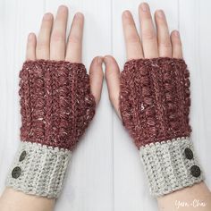 Malia - Wrist warmers (or wristers, or fingerless gloves, or fingerless mitts) are a great way to keep your hands warm without taking away your ab Fingerless Gloves Crochet Pattern, Fingerless Mitts, Crochet Mittens, Knitted Gloves, Crochet Gifts, Crochet Stitch, Free Crochet, Knit Crochet, Crochet Granny
