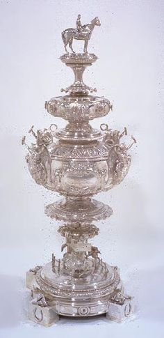 The Preakness Woodlawn Vase is awarded to the winner of the Preakness Stakes run at Pimlico Race Course in Baltimore, Maryland. In the Woodlawn Vase became the official trophy of the race. Vintage Silver, Antique Silver, Preakness Stakes, Preakness Winner, The Belmont Stakes, Triple Crown Winners, Run For The Roses, Thoroughbred Horse, Derby Day