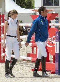 Equestrian chic - Athina Onassis and Doda Miranda.