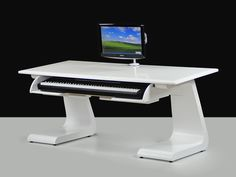88 key digital piano studio desk and home studio on pinterest. Black Bedroom Furniture Sets. Home Design Ideas