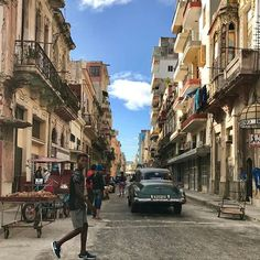 Yesterday and tomorrow #havana #cuba #nosepianecessary @hiphavana