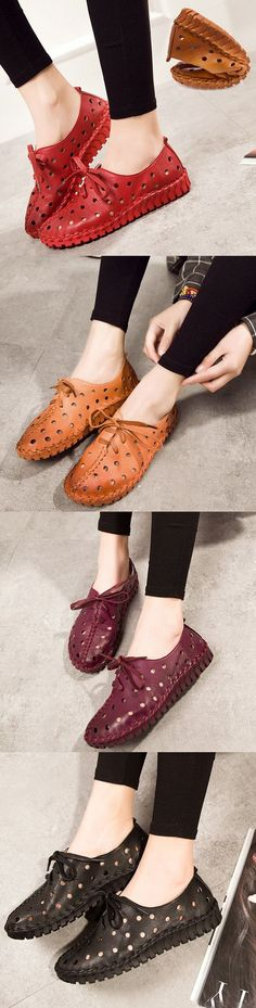 US$40.84  SOCOFY Hollow Out Breathable Stitching Lace Up Leather Soft Shoes