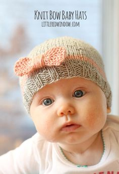 Knit Bow Baby Hats | http://littleredwindow.com | A quick easy and FREE knitting pattern for your little one!