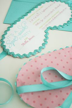 Spa party invitations - Love this! We should do a mom spa party during the day after the kids go back to school! Soirée Pyjama Party, Pyjamas Party, Girl Sleepover, Sleepover Party, Bachlorette Party, Spa Party Invitations, Birthday Invitations, Invitation Ideas, Invites