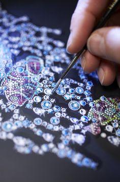 Detail of watercolour of Chopard Clownfish plastron Jewelry Crafts, Jewelry Art, Fashion Jewelry, Silver Jewelry, 925 Silver, Dainty Jewelry, Crystal Jewelry, Jewelry Ideas, Antique Jewelry