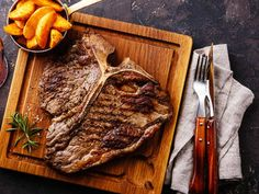www.betterrecipes.com blogs daily-dish 2017 09 16 the-secret-to-a-perfectly-cooked-t-bone-steak-is-making-it-in-the-oven