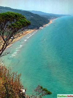 Peschici : Küste westlich von Peschici