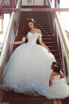 Romantic White Wedding Dresses Tulle With Bow Sweetheart Ball Gown Wedding Dress 2015 Bridal Wedding Gown Vestidos De Noiva 2016 Wedding Dresses, Tulle Wedding, Bridal Lace, Bridal Dresses, Lace Weddings, Wedding Gowns, Dresses 2016, Ivory Wedding, Masquerade Wedding