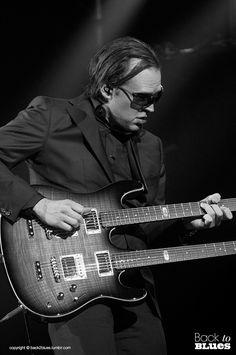 Joe Bonamassa live in Le Grand Rex, Paris
