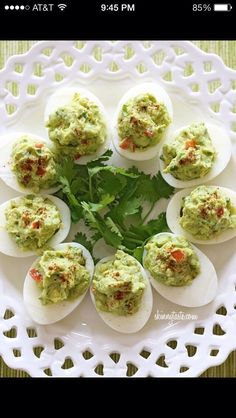 Guacamole And Hard Boiled Egg Snack Healthy And Only 100 Calories #Musely #Tip
