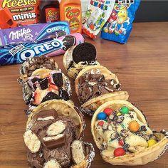 Flashback to yesterday's ice cream sea shell assortments  Kinda m&ms strawberry cheesecake Oreo milka Oreo Reese's and original Oreo  Absolutely Amazing Post  #dessert #icecream #oreo #reeses #kinda #milka #chocolate #yummy #instafood #iifym #nomnom #eeeeeats #foodporn #aesthetic #yahoofood #inspire #feed #peanutbutter #instayum #gains #picoftheday #foodpics #foodstagram #gymlife #fitnessaddict #flexibledieting #foodie #fitfam #cheatmeal #comfortfood