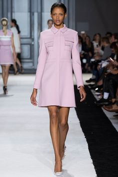 Giambattista Valli Spring 2015 Ready-to-Wear Fashion Show - Aya Jones (Silent)