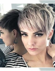 Sweet and sexy pixie haircuts for women korte blonde pixie, korte pixie kap Short Pixie Haircuts, Short Hairstyles For Women, Bob Hairstyles, Haircut Short, Pixie Bob, Haircut Styles, Trendy Hairstyles, Natural Hairstyles, Short Hair Cuts For Women Pixie