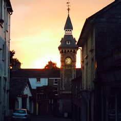 Hay on Wye sunset Powys wales San Francisco Ferry, Big Ben, Wales, Sunset, Building, Travel, Viajes, Welsh Country, Buildings