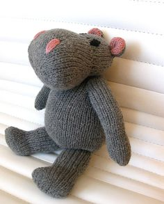 Ravelry: Hippo - toy knitting pattern pattern by Eteri Khodonashvili