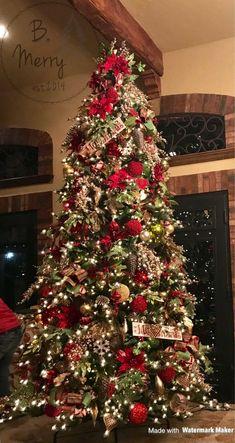 beautiful christmas home 14 Amazing Christmas Tree Themes 2019 Christmas Tree Design, Silver Christmas Decorations, Beautiful Christmas Trees, Christmas Tree Farm, Farmhouse Christmas Decor, Christmas Tree Themes, Noel Christmas, Rustic Christmas, White Christmas