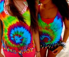 i don't understand my recent obsession with tie dye either :( . but I know it's awesome and I'm going to tie dye everything I own! Pink Summer, Summer Of Love, Summer Outfits, Cute Outfits, Summer Clothes, Tie Dye Shirts, Native American Fashion, Cowgirl Style, Tye Dye