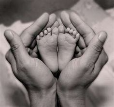 Bientôt parents? venez découvrir une sélection de produits chez womb afin de…