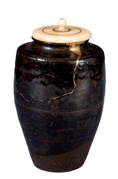 http://www.larisasmirnova.me/wp-content/uploads/2013/12/Kintsukuroi.png..kintsukuroi - mending broken pottery with gold...