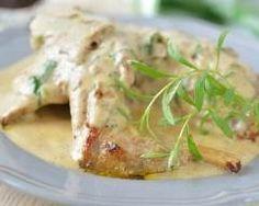 Lapin à la sauce moutarde : http://www.cuisineaz.com/recettes/lapin-a-la-sauce-moutarde-13394.aspx