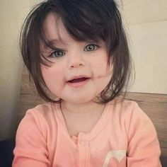 Image discovered by ÑèëÑÄ. Find images and videos about cute and baby on We Heart It - the app to get lost in what you love. Baby Girl Images, Baby Girl Pictures, Baby Photos, Cute Pictures, Cute Baby Girl, Baby Love, Cute Girls, Cute Babies, Baby Kids