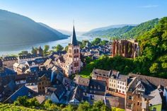 Rhineland-Palatinate (Rheinland-Pfalz) | German states Rhineland Palatinate, Old City, Second World, Heritage Site, Countryside, Paris Skyline, National Parks, German, Castle