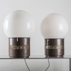"""Compasso / Pait of """"Mezzo Oracolo"""" Table Lamps by Gae Aulenti for Artemide"""