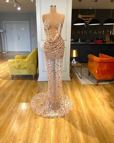 Find the perfect gown with Pageant Planet! Browse all of our beautiful prom and pageant gowns in our dress gallery. There's something for everyone, we even have plus size gowns! Pageant Dresses For Women, Gala Dresses, Pageant Gowns, Event Dresses, Pretty Dresses, Beautiful Dresses, Evening Gowns Couture, Fantasy Dress, Marie