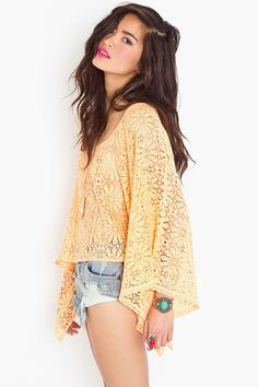 peach crochet top that would look cute with distressed jean shorts or skinnies with robin blue wedges