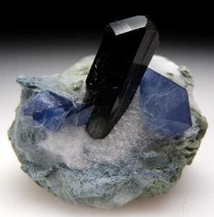 pictures of chinese gems and minerals | Benitoite with Neptunite