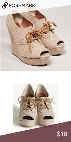 "BC footwear burlap wedges BC footwear ruffle burlap wedges size 7.5. 1"" platform, 4.5"" wedge. Never work, still in the original box. BC Footwear Shoes Wedges"