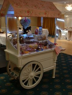 The Candy Cart.....I WANT ONE!!!!