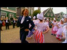 LOVE it ~ ANDRE RIEU DANCING IN CLOGS :)