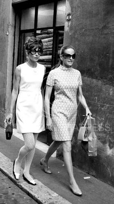 In June 1969, Audrey Hepburn Dotti photographed with Doris Kleiner (Yul Brynner's former wife) by Elio Sorci in Rome (Italy).